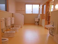 未満児用トイレ